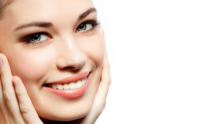 freshening facials at superb eyebrows hyde